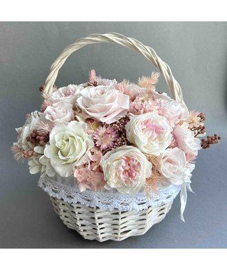 Корзина «Очарование» (стаб. цветы)