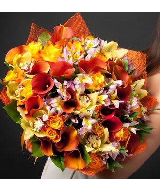 Сборный букет каллы, орхидеи и альстромерии