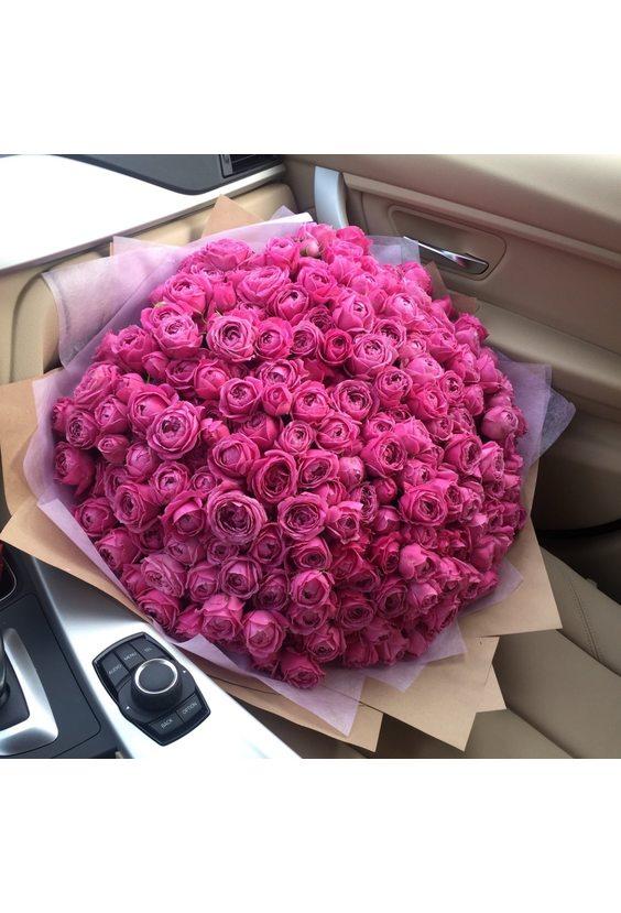 101 пионовидная кустовая роза