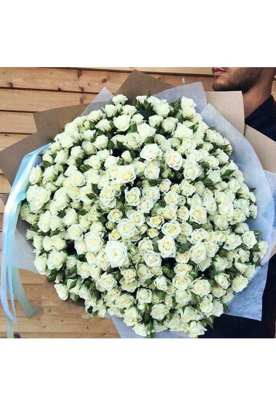 101 белая кустовая роза