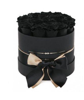 19 чёрных роз в коробке