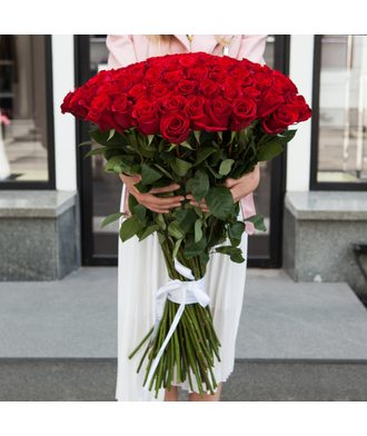 51 шт. метровых роз