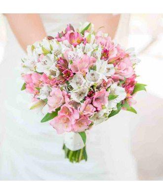 Букет невесты из альстромерии