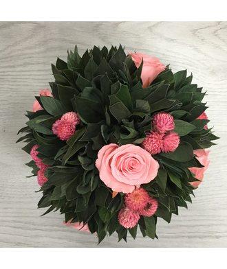 Композиция в горошке 1(стаб. цветы)
