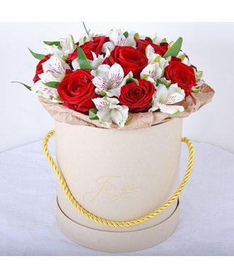"""Коробочка с цветами """"Яркие чувства"""""""