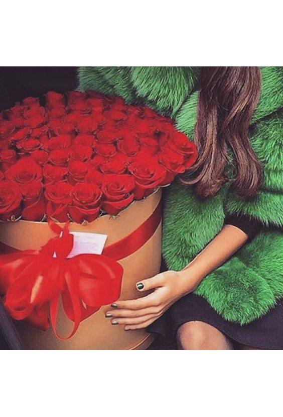 51 роза Эквадор в шляпной коробке