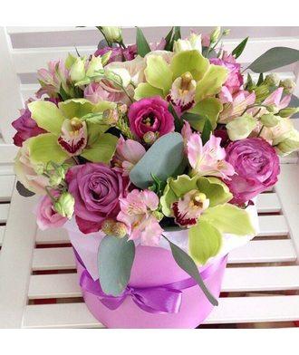 Коробочка с орхидеями