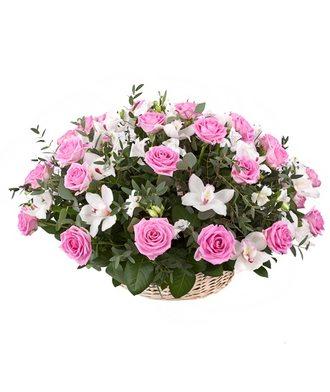 корзина Роз и Орхидей