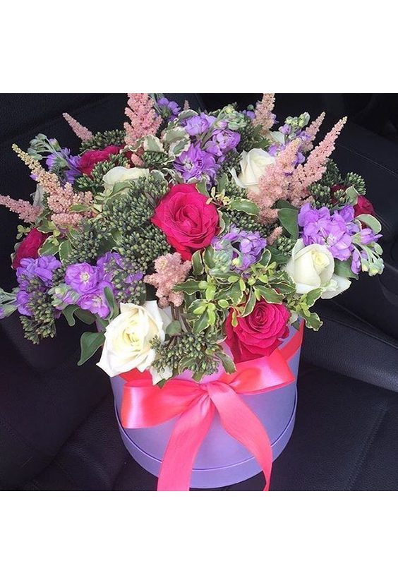 Высокая коробочка с цветами Микс