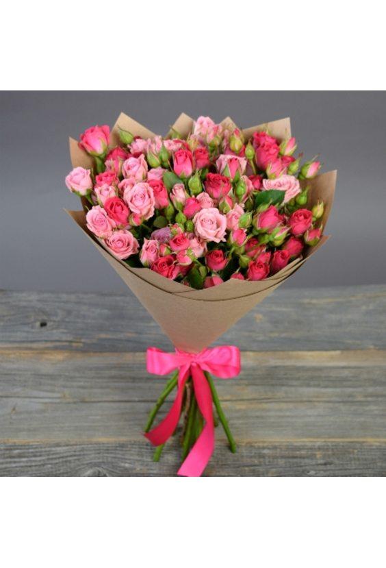 Букет из 15 кустовых роз в Крафте